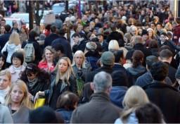 UK population grows faster than EU average